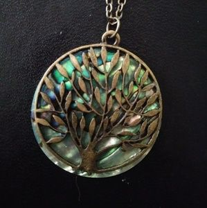 Jewelry - 🎁Gorgeous Abalone Tree of Life Necklace